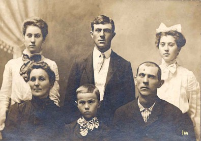 Davis family, Bronaugh, MO
